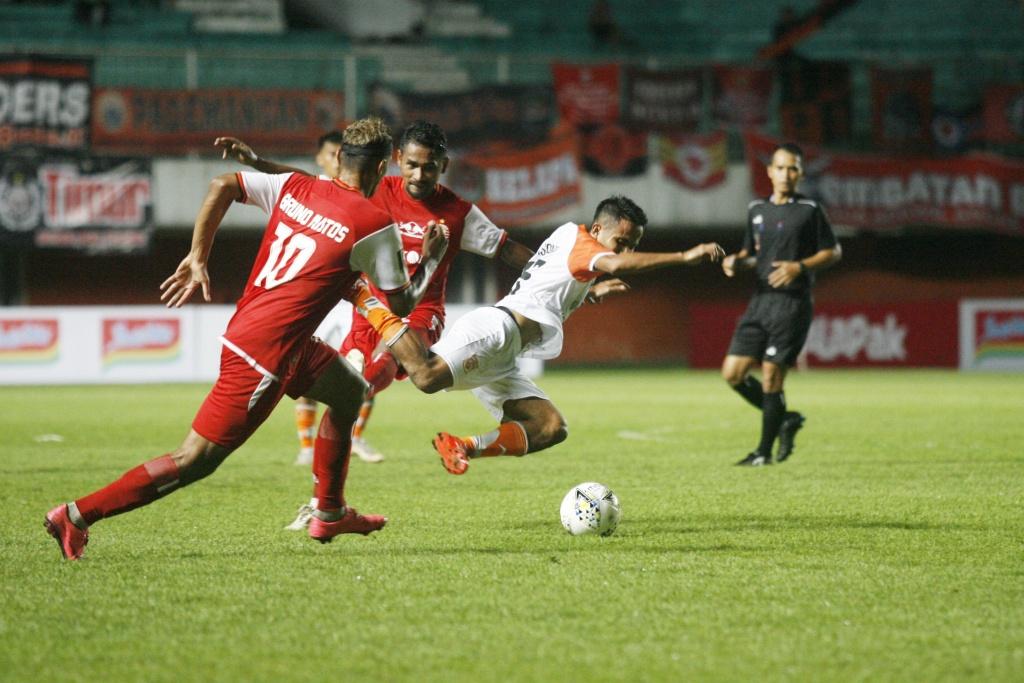Image Result For Persija Jakarta Vs Borneo Fc