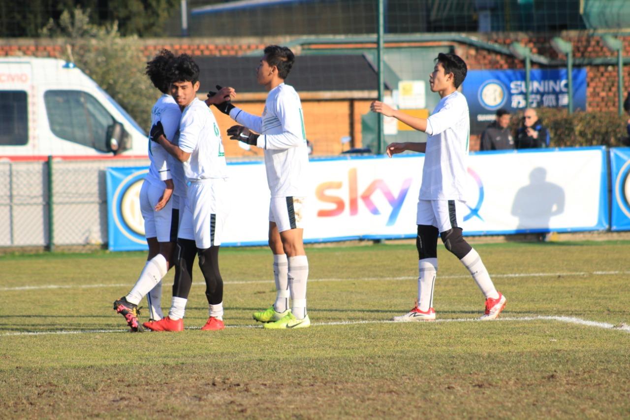 Potret Aksi Garuda Select Manghadapi Inter Milan U-17