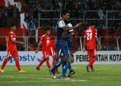 Dua Gol Dedik Setiawan Menangkan Arema FC